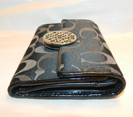 Coach ~Like New~Sold out COACH Alexandra Signature 3 Color Med Wallet Image 8