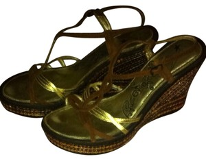 Naughty Monkey Copper/Gold/Bronze Wedges