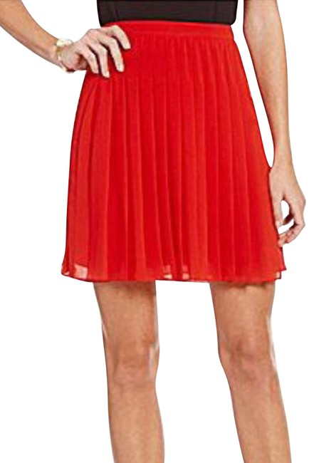Preload https://img-static.tradesy.com/item/23437156/ax-armani-exchange-red-front-pleated-skirt-size-6-s-28-0-1-650-650.jpg