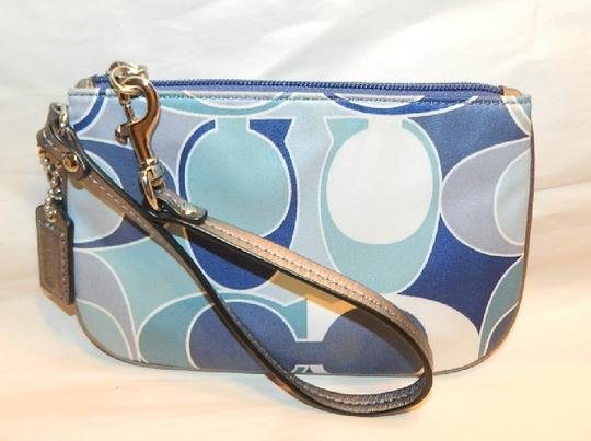 Coach Scarf Print Rare New Wristlet in Multiple Shades of Blue/Metallic Silver/SV Image 5