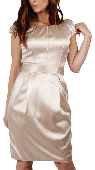 Preload https://img-static.tradesy.com/item/23437368/dolce-and-gabbana-beige-dolce-and-gabbana-cap-sleeve-mid-length-cocktail-dress-size-6-s-0-1-650-650.jpg