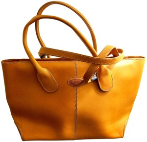 Tod's Leather Leather Leather Satchel in Tan