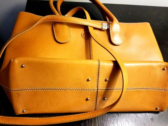 Tod's Leather Leather Leather Satchel in Tan Image 6