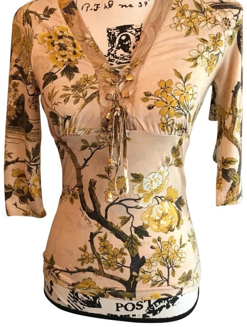 Item - Asian Beige Gold Black and Brown Top