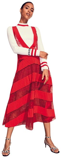 Preload https://img-static.tradesy.com/item/23441972/valentino-red-runway-springsummer-2018-lace-and-pleated-silk-long-casual-maxi-dress-size-4-s-0-2-650-650.jpg