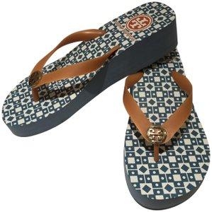 650988a8c9fa3d Orange Tory Burch Sandals - Up to 90% off at Tradesy
