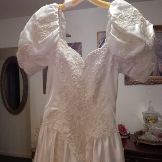 Mori Lee White Satin Design On A Dime ~ Lots Beaded Lace & Other Vintage Wedding Dress Size 6 (S) Image 1