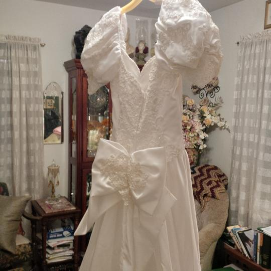 Mori Lee White Satin Design On A Dime ~ Lots Beaded Lace & Other Vintage Wedding Dress Size 6 (S) Image 2