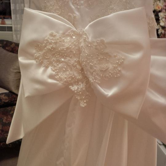 Mori Lee White Satin Design On A Dime ~ Lots Beaded Lace & Other Vintage Wedding Dress Size 6 (S) Image 3