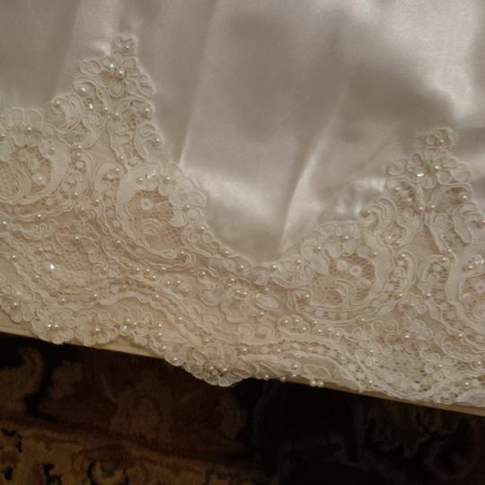 Mori Lee White Satin Design On A Dime ~ Lots Beaded Lace & Other Vintage Wedding Dress Size 6 (S) Image 6