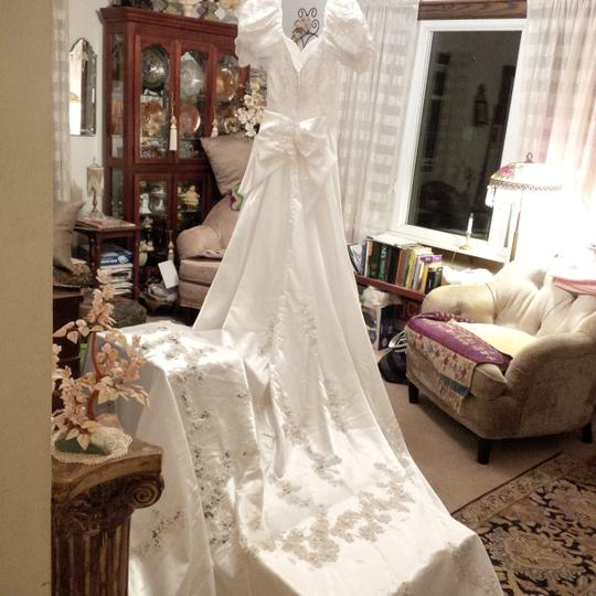 Mori Lee White Satin Design On A Dime ~ Lots Beaded Lace & Other Vintage Wedding Dress Size 6 (S) Image 7