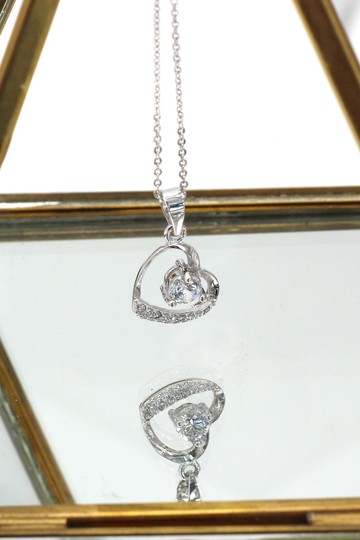 Ocean Fashion Single drill love heart sterling silver necklace Image 1