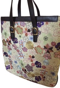 Tocca Embroidered Floral Leather Detail Unique Shoulder Bag