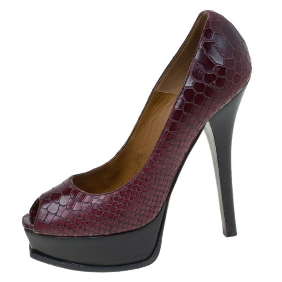 Fendi Burgundy Peep Bordeaux Snake Embossed Leather Fendista Peep Burgundy Toe Platform Pumps 45f4c0