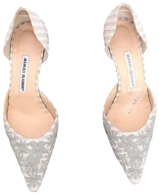 Item - White Embroidered Kitten Heel Formal Shoes Size EU 39 (Approx. US 9) Regular (M, B)