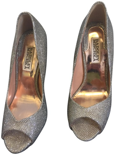 Badgley Mischka Metallic Peep Toe Stiletto Silver Pumps Image 0