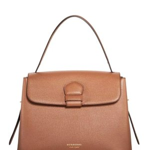 6fa19ed5fd23 Burberry Bags and Purses on Sale - Up to 70% off at Tradesy