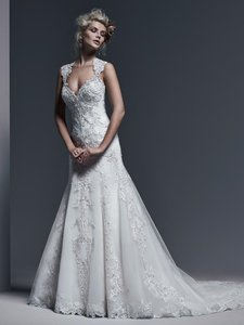 Sottero and Midgley Ivory Monticella Formal Wedding Dress Size Petite 4 (S)