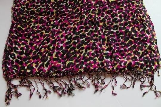Forever 21 Forever 21 Multicolored Animal Print Scarf