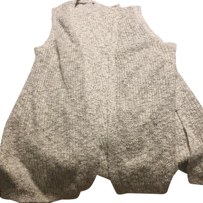 Item - Oatmeal and Navy Sweater Vest Size 2 (XS)