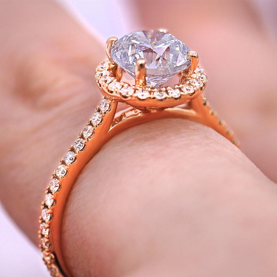 Elegant and Certified 1.55 Carat Round Diamond Halo Engagement Ring ...
