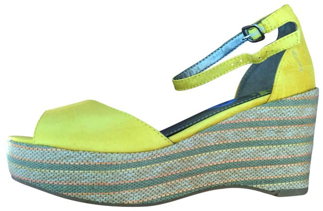 Fergalicious by Fergie Yellow O Wedges Size US 6.5 Regular (M, B) Fergalicious by Fergie Yellow O Wedges Size US 6.5 Regular (M, B) Image 1
