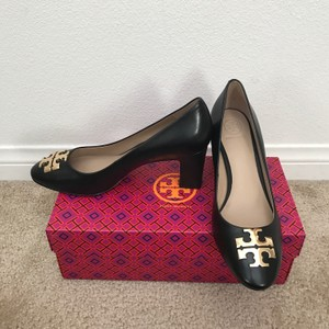 Tory Burch Raleigh Size 9.5 Black Pumps