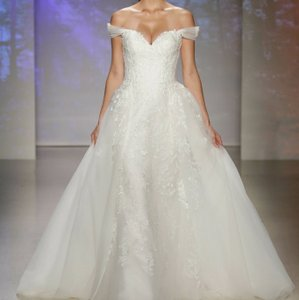 Alfred Angelo White Lace Fairy Tale By Snow Modern Wedding Dress Size 8 (M)