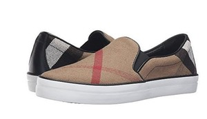 Burberry Flats Gauden Sneakers Iconic Tartan Plaid & Check Athletic