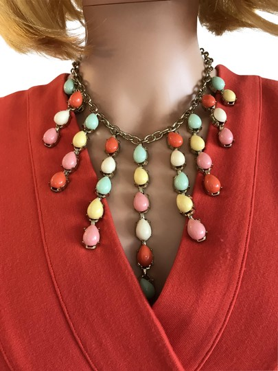 Preload https://img-static.tradesy.com/item/2345197/coral-mint-yellow-multi-bright-statement-necklace-0-2-540-540.jpg