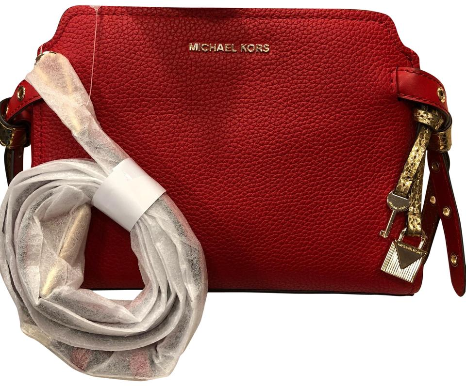 328665a70f4c9 MICHAEL Michael Kors Bristol Medium Messenger Bright Red Leather Cross Body  Bag