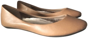 Steve Madden Tan / Brown Flats