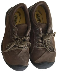 Keen Aluminum Smooth Leather Brown Athletic