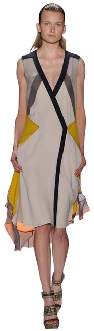 Item - Multicolor Karo Runway Collection Mid-length Night Out Dress Size 4 (S)