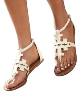b0a09eea6bd4 Tory Burch Sandals on Sale - Up to 70% off at Tradesy