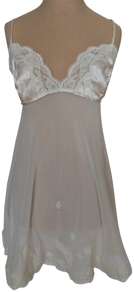 0b1fe2dfd Victoria s Secret Off White Wedding Nighty Casual Dress. Size  8 (M)  Length  Short ...