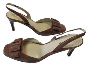 New Twist Size 8.50 Medium BROWN Sandals