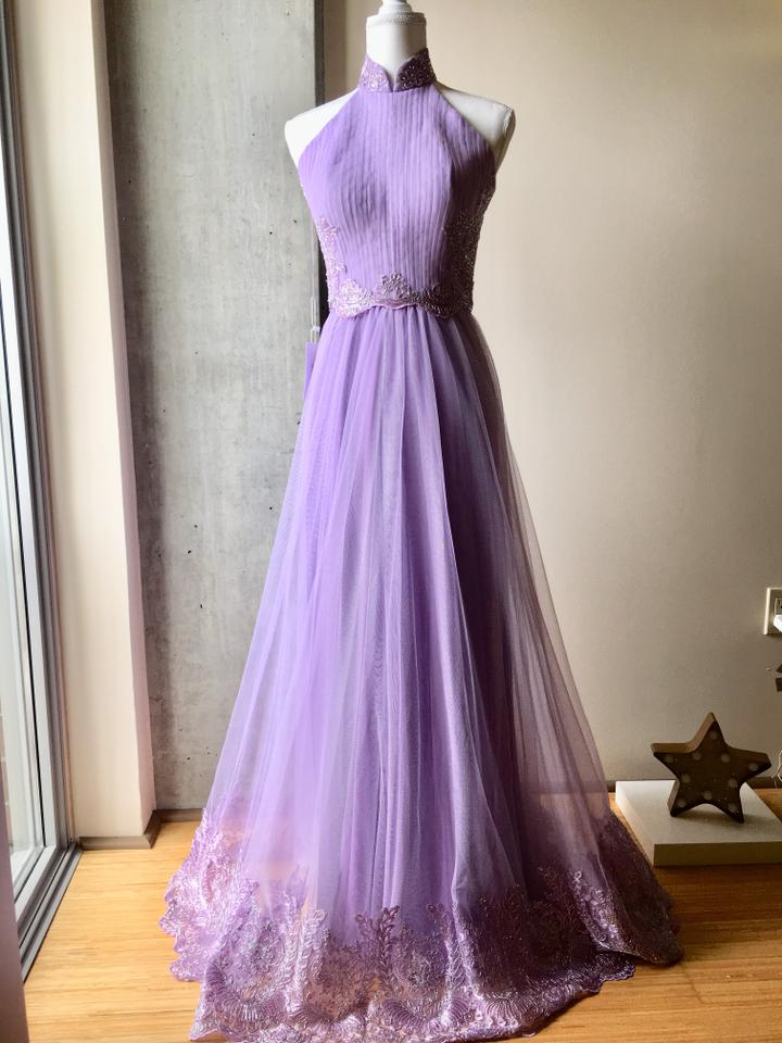 Lilac Tulle and Lace Applique Gown Feminine Wedding Dress Size 4 (S ...