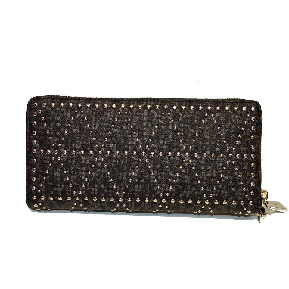 424723c6d1752d Michael Kors Money Pieces Studded LG Leather Logo zip Wallet Clutch Wristlet  Image 7. 12345678