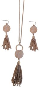 Artistry Pink/Rose-gold colored necklace with matching earrings