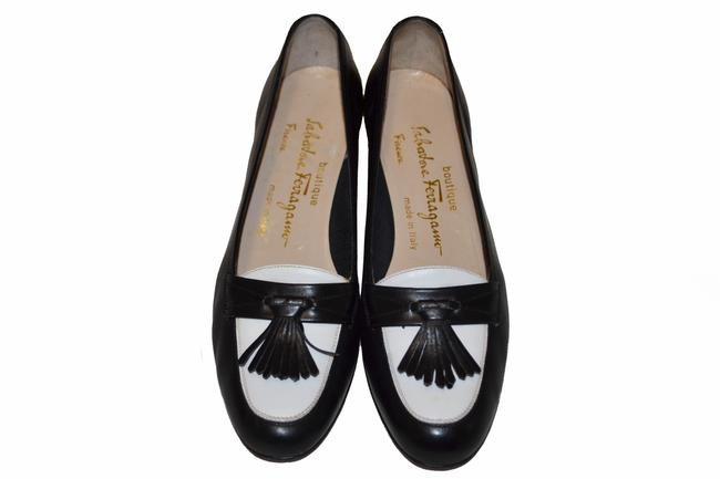 Item - Black/White Black/White Kiltie Tassel Loafer B Pumps Size US 6 Regular (M, B)