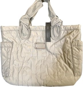Marc by Marc Jacobs Tote in gray