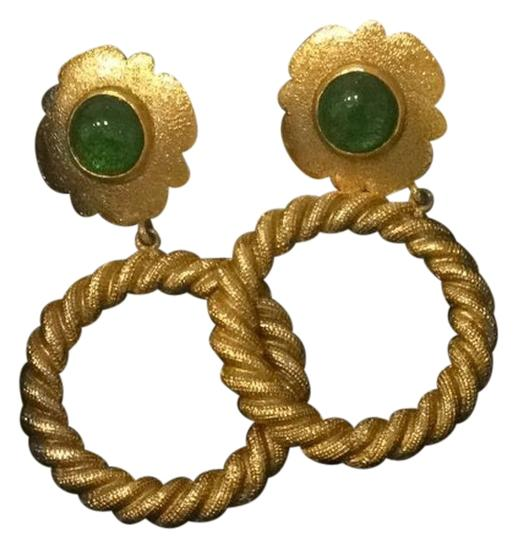 Preload https://img-static.tradesy.com/item/2346289/chanel-gold-tone-with-green-stone-flower-hoops-0-2-540-540.jpg