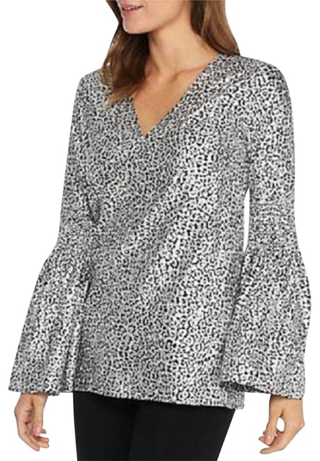 """Item - Silver """"Chic"""" Bell Sleeve Black Leopard Tunic Size 12 (L)"""