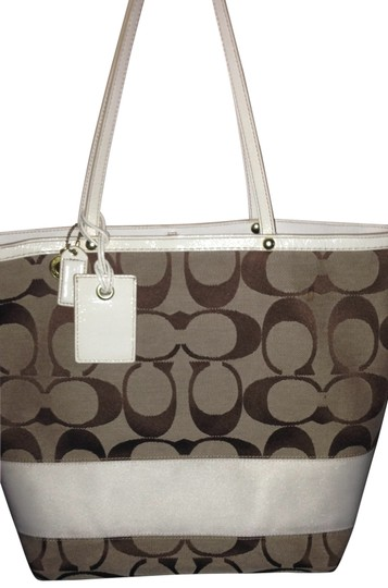Preload https://item4.tradesy.com/images/coach-style-no-mo668-101125-tote-bag-tan-with-white-23463-0-0.jpg?width=440&height=440