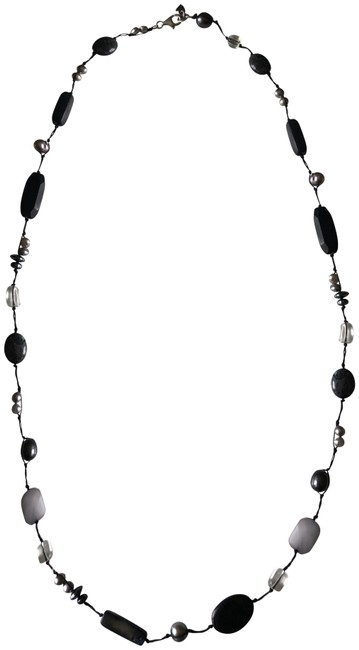 Item - Black Gray Silver Pearl and Horn Necklace