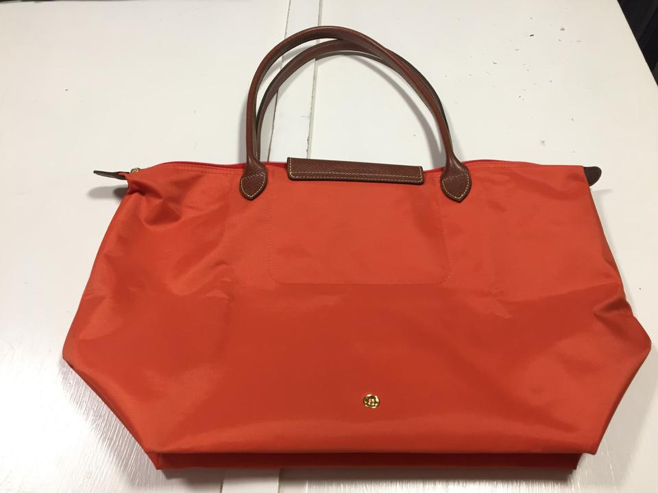 e7a292486f12 Longchamp Large Le Pliage Orange Nylon Tote - Tradesy