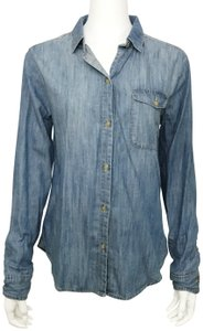 BDG Chambray Boyfriend Fit Urban Outfitters Chambray Boyfriend Fit Button Down Shirt Blue