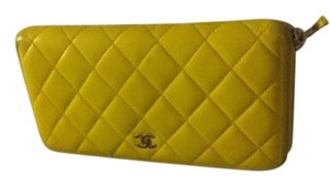Chanel Authentic Chanel Zipper Wallet Mastelasse COCO Yellow Lambskin