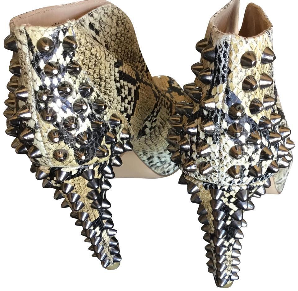 BCBGMAXAZRIA Black and Stud Tan Python Leather with Rock Stud and Heels. Boots/Booties 85c0a1
